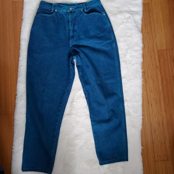 Vintage High Waisted Blue Jeans sz 8